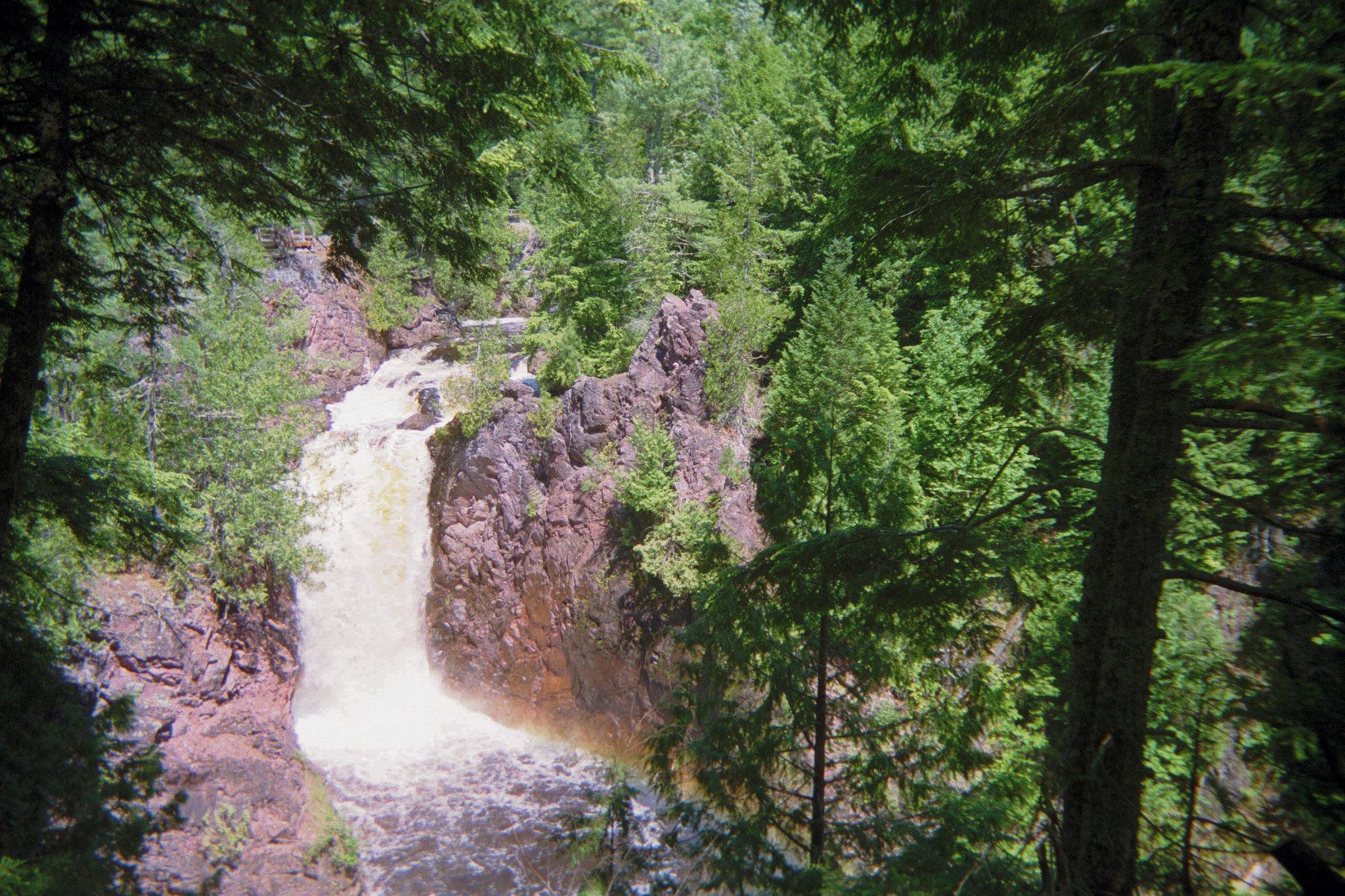 bronwstone-falls