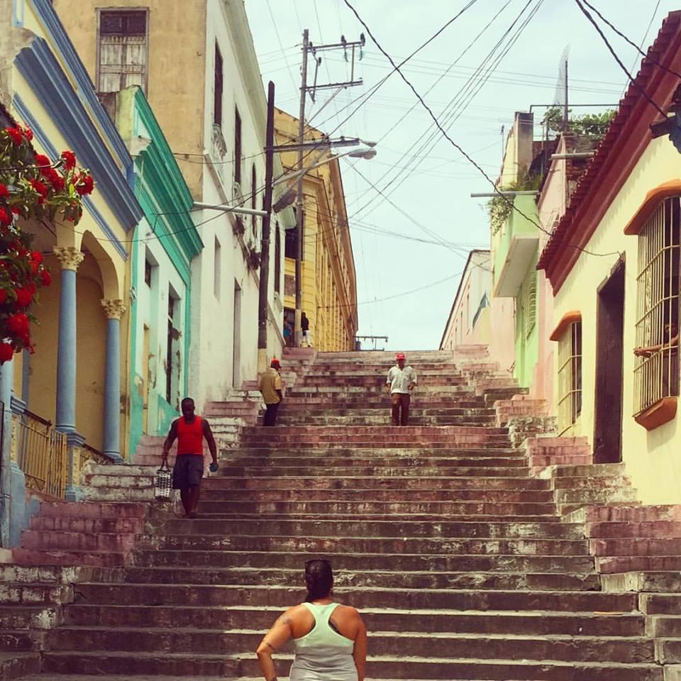 rease-escaleras-de-padre-pico-staircase-in-cuba