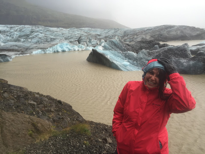 rease-rainy-day-with-glaciers-in-iceland