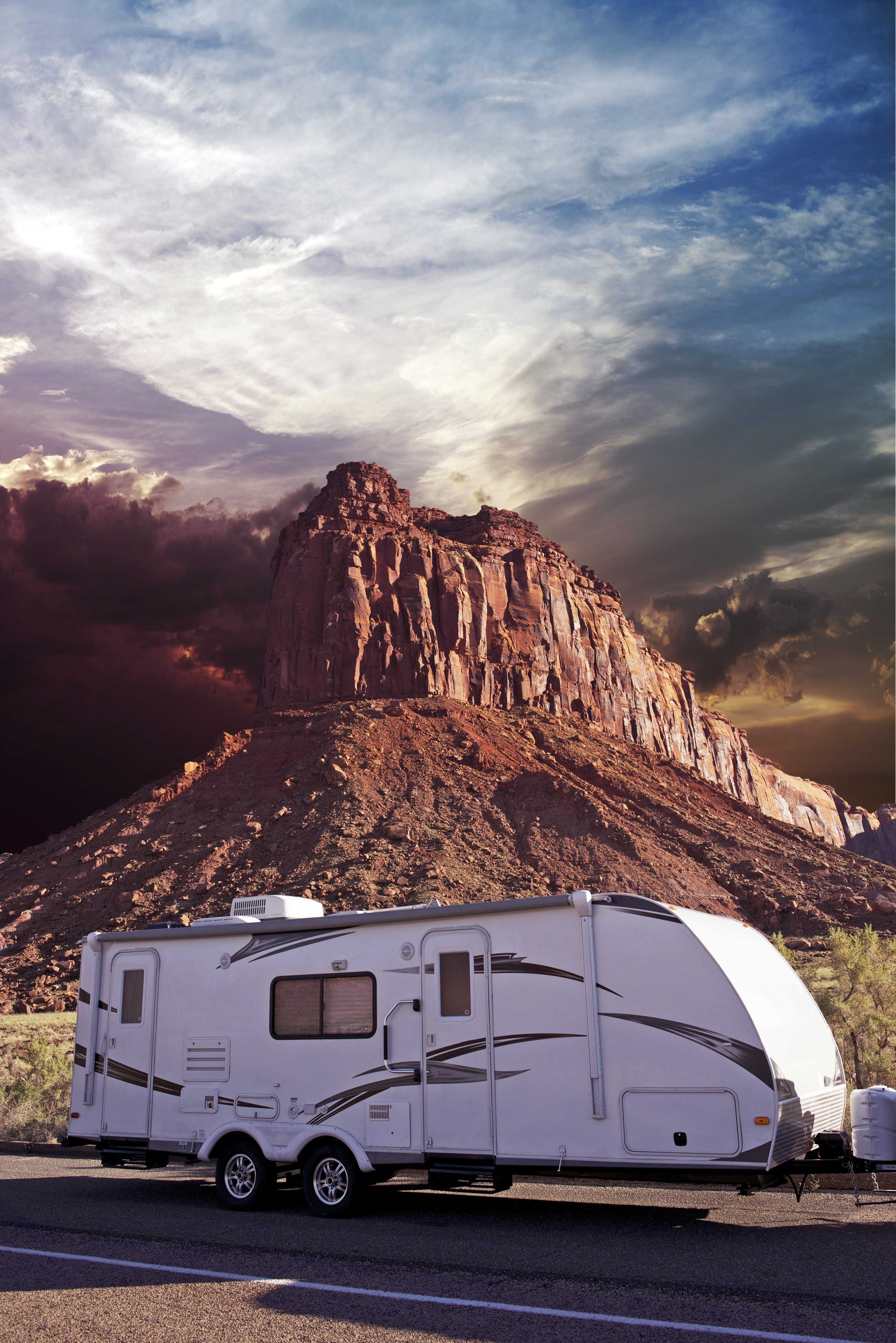 How to Safely Haul a Travel Trailer